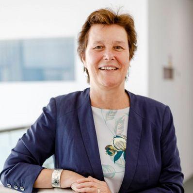 Professor Jean Hartley